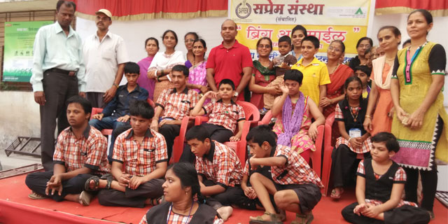 Disabled Children With Volunteers Of Saprem Thane