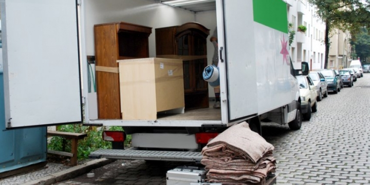 Vision India Packers & Movers Trained, Licensed, Insured and Uniformed Teams in gurgaon